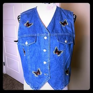 Adorable Vintage Embroidered Jean Vest